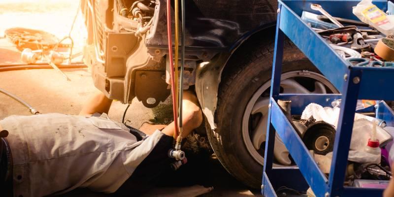 servizi-riparazione-auto-epoca-bologna
